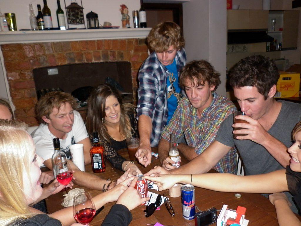 7 Juegos Para Beber Que Levantan Cualquier Previa El Meme