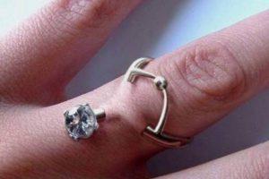 Estos son los peligrosos piercings que buscan reemplazar los anillos
